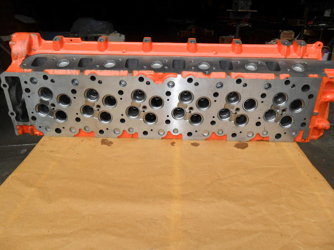 Casting Iron Auto Engine Parts / 6HK1 Cylinder Head Isuzu 8943924499