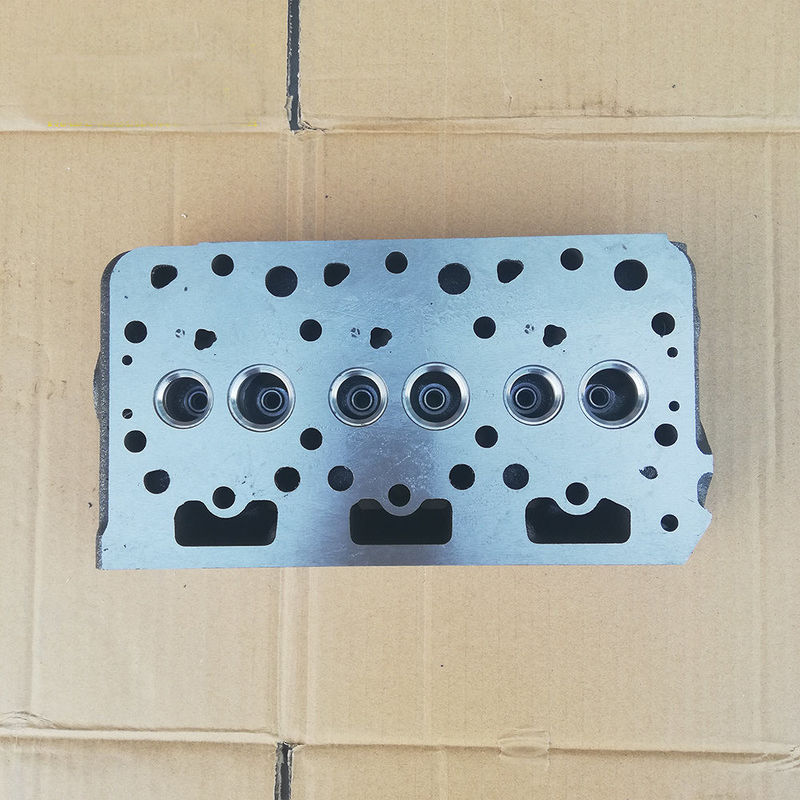 Diesel engine cylinder head Kubota D722  for excavator standard size performance engine parts auto engine components